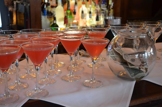 Cosmopolitan drinks in Onieal's Speakeasy