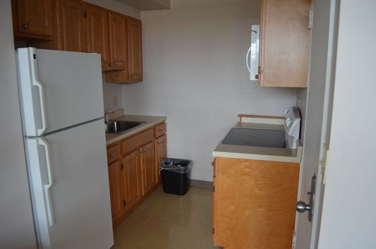fully-equipped kitchen in Berkeley suite