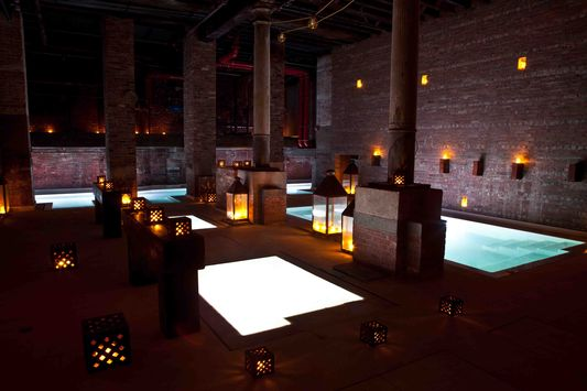 ice, cold, warm and hot bath in Aire Ancient Baths in NY
