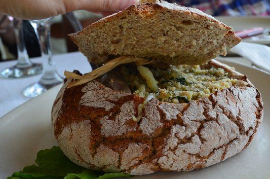 codfish in bread in Casa no campo restaurant