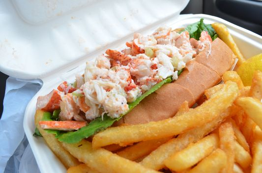 famous lobster roll in Cape Cod