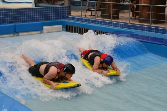 surfing in Aquaworld