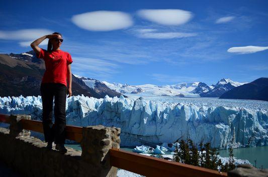 enjoying the amazing Perito Moreno glacier