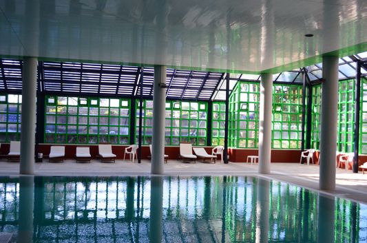 indoor swimming pool in Hotel Solverde Spa Wellness