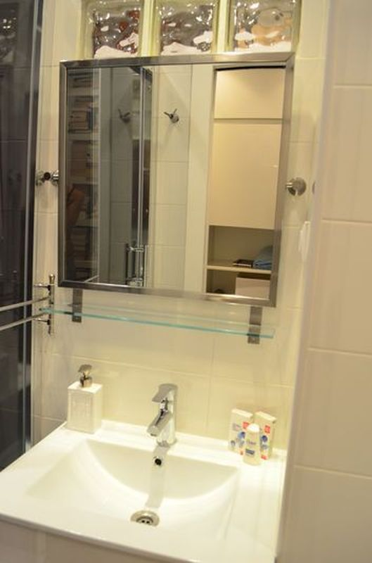 new bathroom in Wimdu apartment in Barcelona