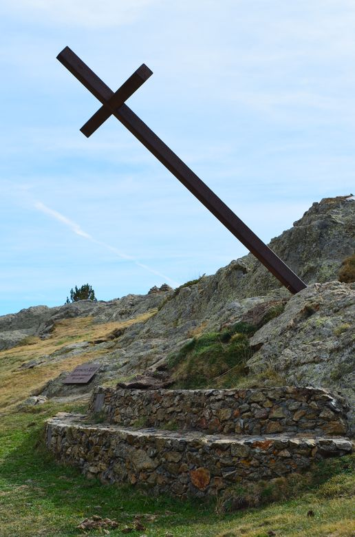 one of many crosses in Nuria Valley