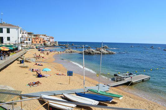 peaceful beach of Calella de Palafrugell