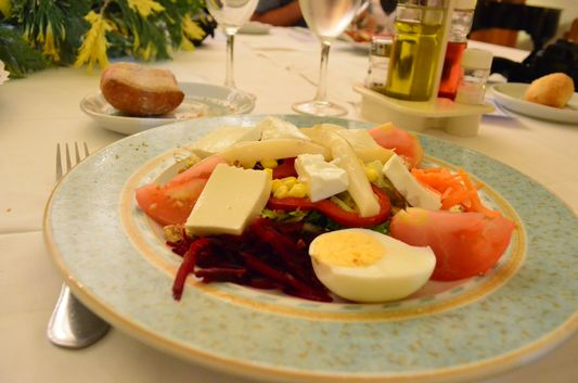 my healthy salad in Balneari Prats restaurant