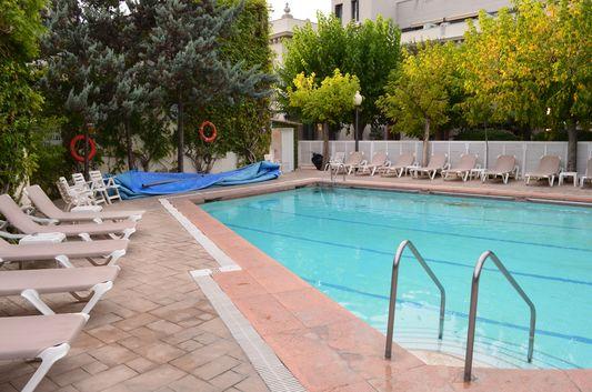 swimming pool with healing thermal water in Balneari Prats