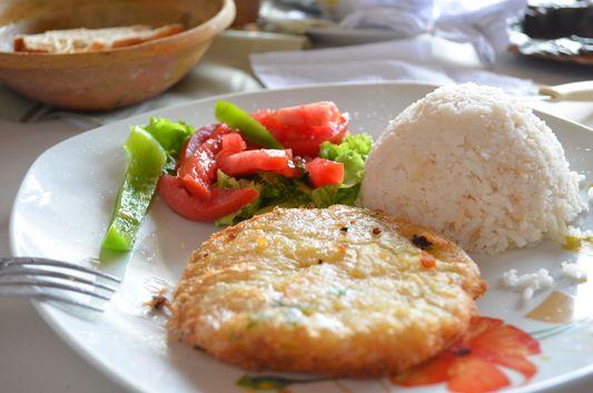 vegetarian meal in Samay Wasi restaurant in Tarabuco