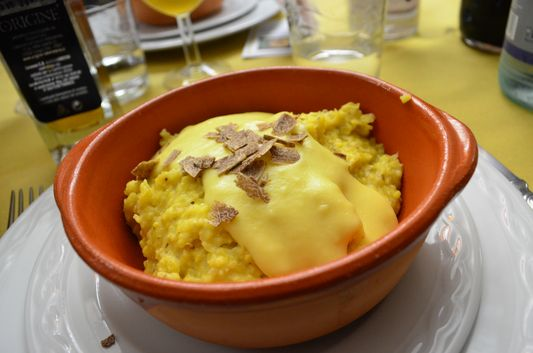 polenta with cheese and truffles in Osteria il Castello