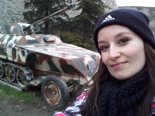 crazy sexy fun traveler with a tank in Kalemegdan