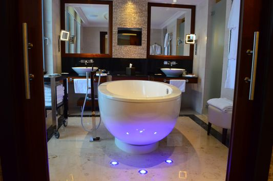 stunning bath tub in the Presidential Suite in Sheraton Bratislava