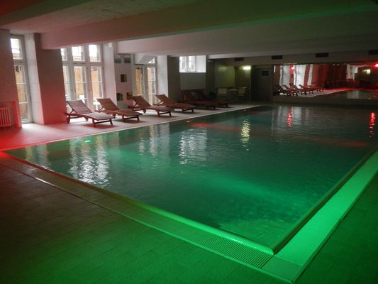 swimming pool in Plus Berlin hostel