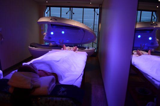 Aurea del Mare sea facial treatment in MSC Aurea Spa