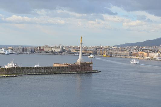 MSC Preziosa arriving into the port of Messina