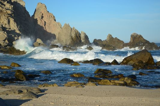 Hacienda Encantada rocky beach