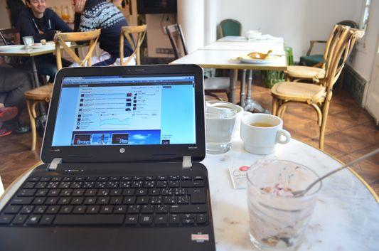 breakfast blogging in Casa Gracia