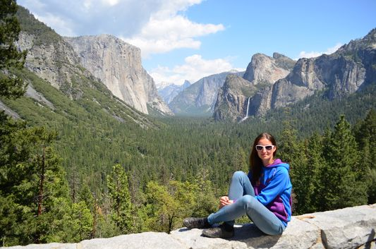 crazy sexy fun traveler at Tunnel View Yosemite