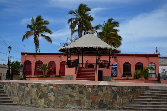 the main square with quiosco in Todos Santos