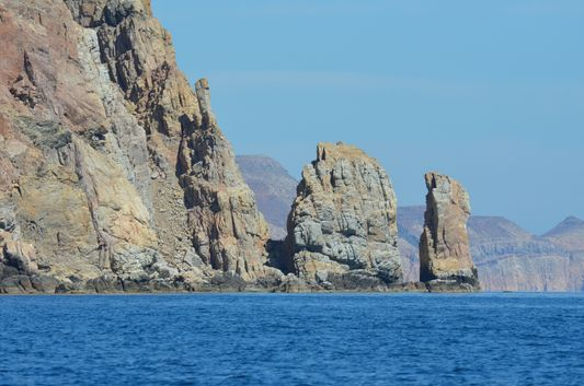 beautiful rock formations on Isla Espiritu Santo