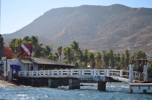 leaving La Paz to go to Isla Espiritu Santo