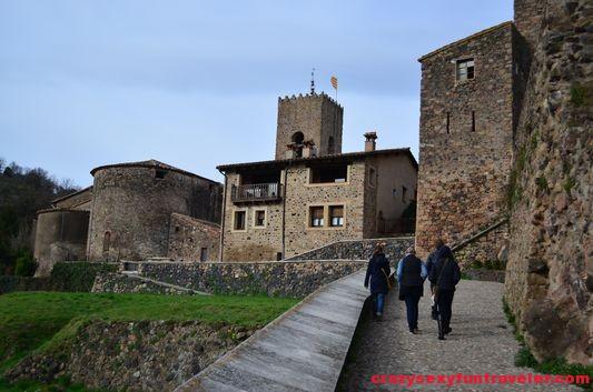 Santa Pau castle