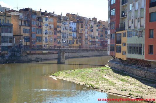 the Onyar river from Pont de la Princesa