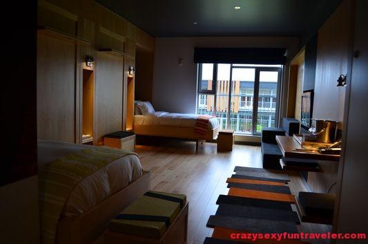 a hostel looking room in La Ferme