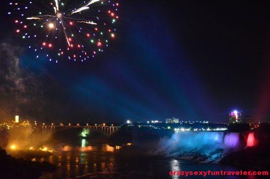 Niagara Falls fireworks (22)