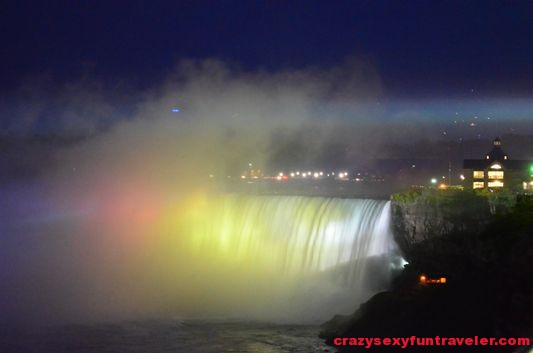 Niagara Falls fireworks (7)