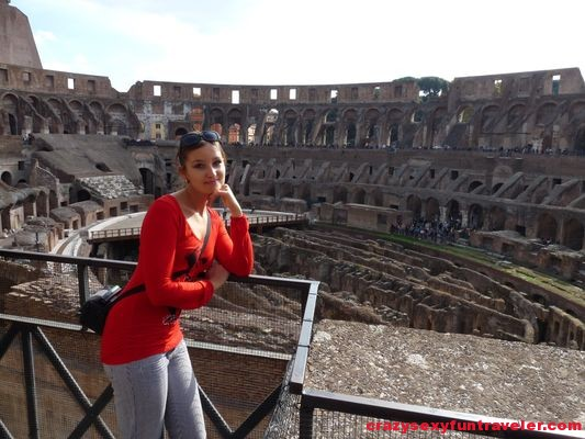 as if I was alone in Colosseum in Rome