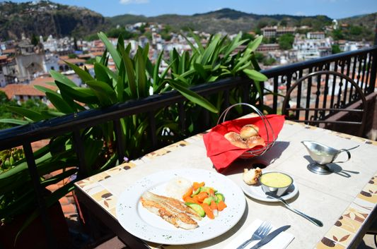 Del Angel Inn restaurant Taxco (5)