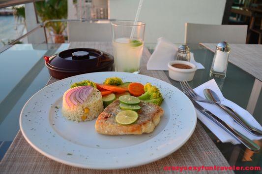 dinner at El Aura restaurant