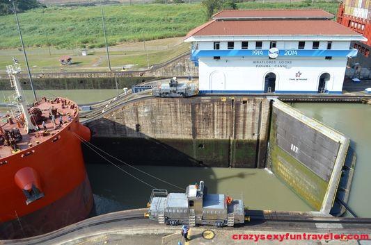 Miraflores Locks Panama Canal (4)