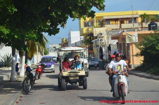 golf cart Isla Mujeres (1)