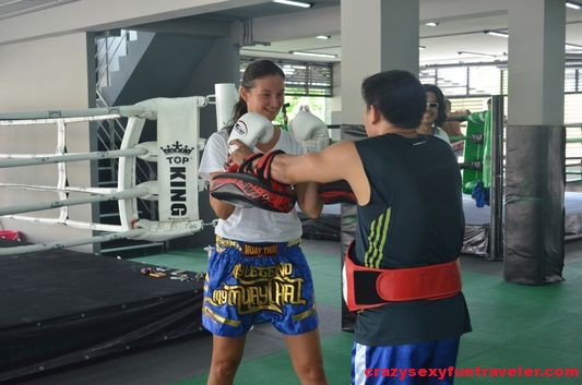 learn Muay Thai at Petchyindee Academy