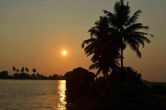 Kerala Backwaters houseboat from Kollam to Alleppey Lake & Lagoons (101)
