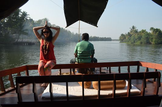 Kerala Backwaters houseboat from Kollam to Alleppey Lake & Lagoons (104)