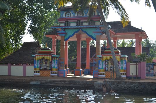 Kerala Backwaters houseboat from Kollam to Alleppey Lake & Lagoons (107)