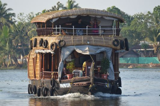 Kerala Backwaters houseboat from Kollam to Alleppey Lake & Lagoons (122)
