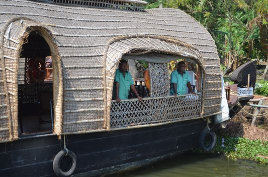 Kerala Backwaters houseboat from Kollam to Alleppey Lake & Lagoons (13)