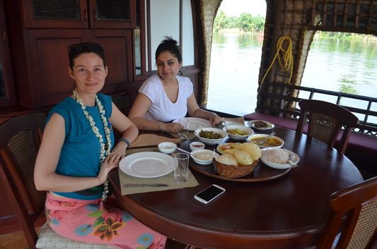 Kerala Backwaters houseboat from Kollam to Alleppey Lake & Lagoons (26)