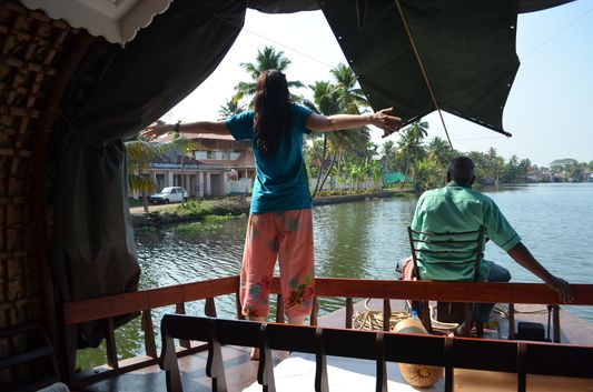Kerala Backwaters houseboat from Kollam to Alleppey Lake & Lagoons (28)