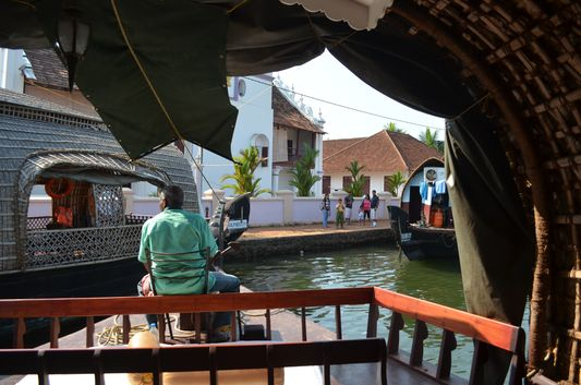 Kerala Backwaters houseboat from Kollam to Alleppey Lake & Lagoons (30)