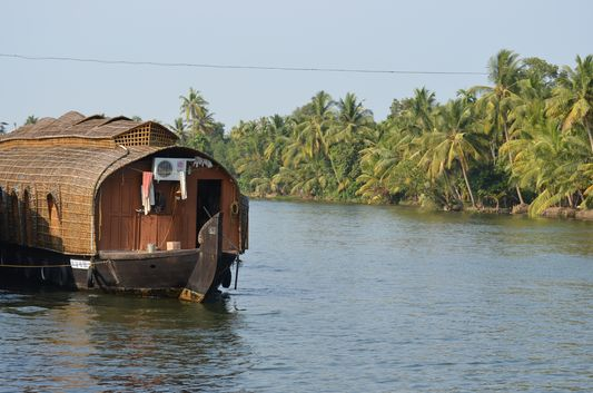 Kerala Backwaters houseboat from Kollam to Alleppey Lake & Lagoons (83)