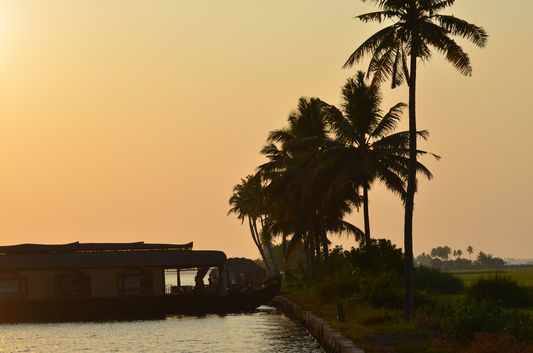 Kerala Backwaters houseboat from Kollam to Alleppey Lake & Lagoons (96)