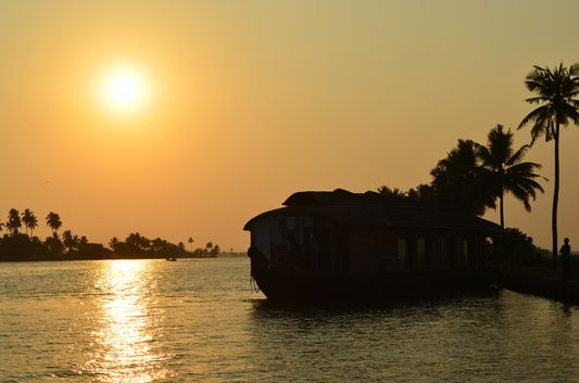 Kerala Backwaters houseboat from Kollam to Alleppey Lake & Lagoons (97)