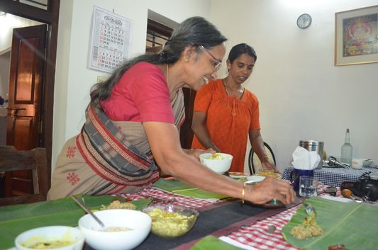 traditional Kerala meal on banana leaf Wayanad homestay Pranavam(132)