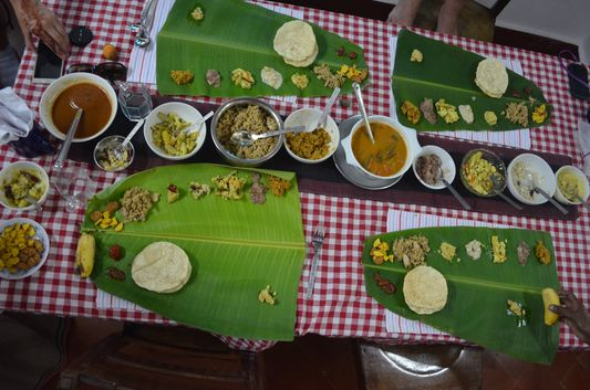 traditional Kerala meal on banana leaf Wayanad homestay Pranavam(133)